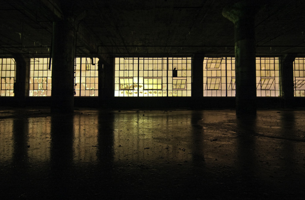Fisher Body 21, Night Window, 2007-2009